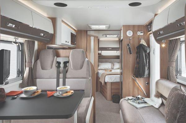 Swuft Kontiki Sport 560 interior  French Bed Layout